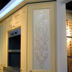 Гравировка мебельных фасадов — Мир стекла и зеркал Чебоксары