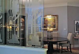 Пескоструй для стеклянных перегородок — компания Мир стекла и зеркал