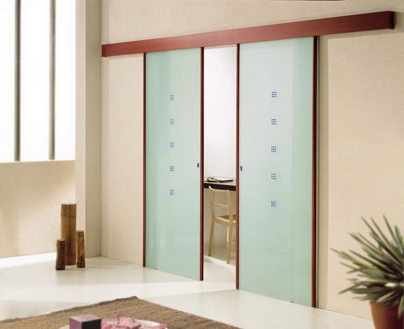 Двери купе цельностеклянные раздвижные — компания Мир стекла и зеркал