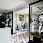 Дизайнерское зеркальное панно в холле — Мир стекла и зеркал